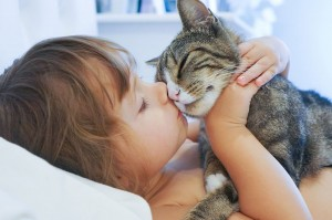 Photo by David Peterson http://www.digital-photo-secrets.com/tip/6020/photographing-human-animal-bond/